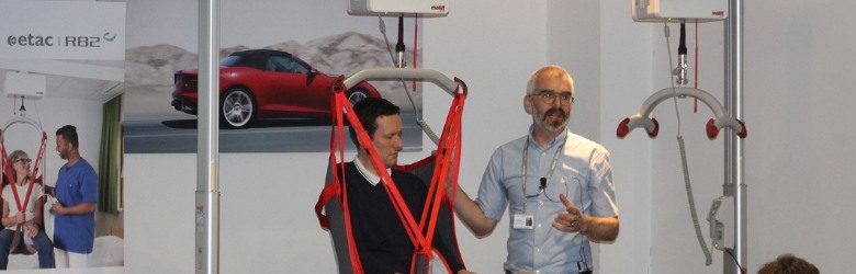 molift demonstrating safe hoisting of disabled children