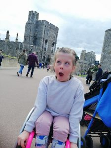 summer looking amazed at the castle